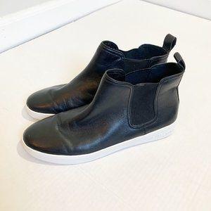Michael Kors Black Leather Chelsea Boots Size 9.5